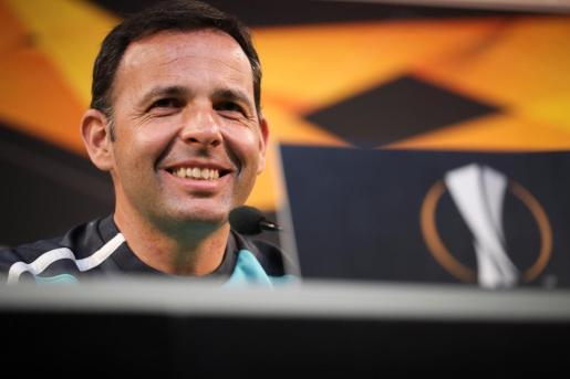 El entrenador del Villarreal, Javier Calleja, durante una rueda de prensa.