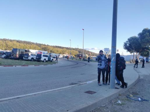Manifestantes levantan el corte de la N-II en La Jonquera para ir a Girona.