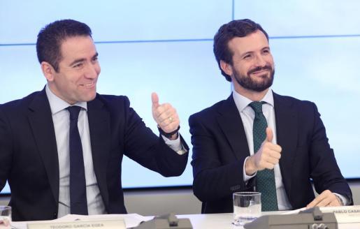 El secretario general del PP, Teodoro García Egea y el presidente del Partido Popular, Pablo Casado.