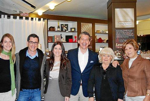 Daniela Mihalicova, Gustavo Guidobono, Alexandra Culebra, Carlos Guidobono, Mabel Zabala y Pepi Amado.