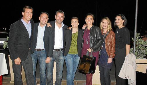 Alejandro Bellapart, Paco Nadal, Bernat Vidal, Paula Serra, Elena Blanc, Maribel Estades y Cati Palmer.