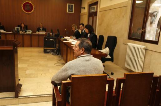 El autor del incendio que devoró la Serra de Tramuntana en el juicio.