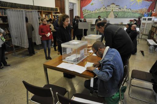 Mesa electoral de las elecciones celebradas el pasado domingo.