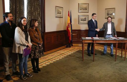 Alberto Garzón, Irene Montero y Pablo Iglesias son algunos de los nombres que suenan para el gobierno presidido por Pedro Sánchez.