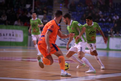Un momento del partido entre el Palma Futsal y el Jaén Paraíso Interior