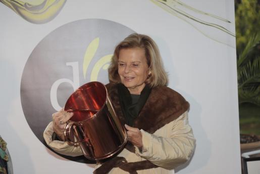 Carme Riera durante el acto en el que ha sido nombrada «Tafonera Major 2019-2020».