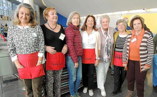 Magdalena Grúa, Isabel Vera, Teresa Alonso, María Luisa Vallés, Ingrid Epemann, Isabel Ramis y Catalina Ramis.