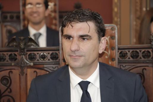 Julio Martínez, del PP, ha criticado la subida del precio del bus en Palma.