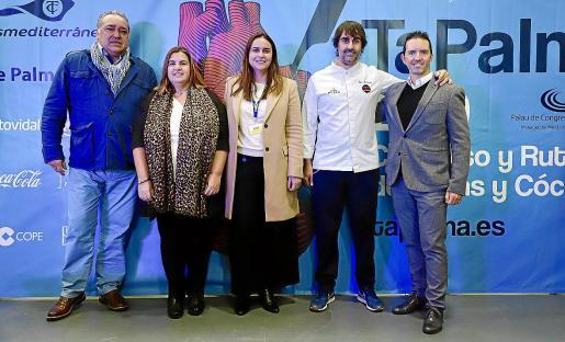 Alfonso Robledo, María Tugores, Celia Domingo, Igor Rodríguez y Ricardo Muntaner, este martes durante la presentación.