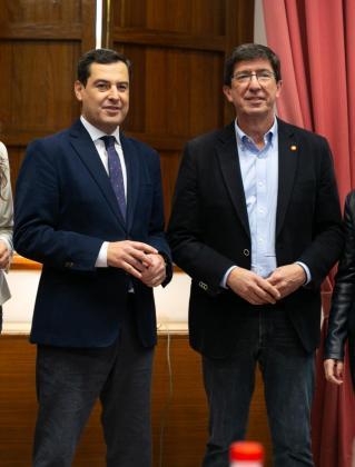 El presidente y el vicepresidente de la Junta de Andalucía, Juanma Moreno y Juan Marín.