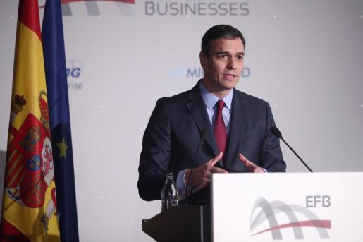 El presidente del Gobierno en funciones, Pedro Sánchez, durante su intervención en el acto de clausura el VI Congreso de las Empresas Familiares Europeas.
