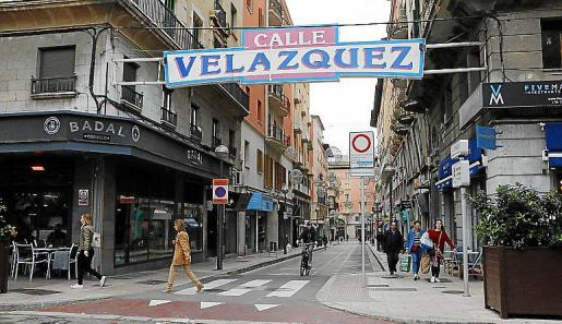 Los acusados vendieron por dos millones un local en la calle Velázquez.