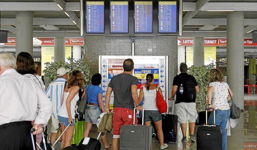 La mayoría de reclamaciones por parte de pasajeros tienen que ver con retrasos y cancelaciones injustificadas de vuelos o con pérdida de equipajes.