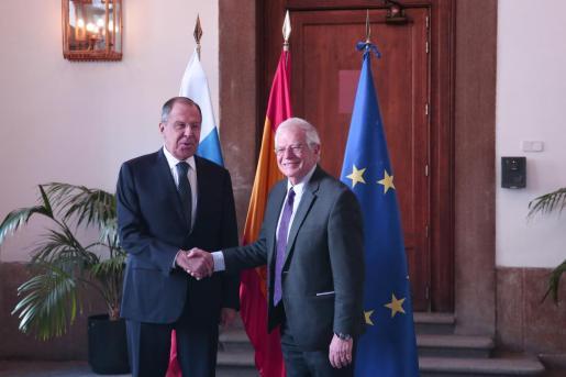 Imagen de archivo del ministro de Asuntos Exteriores, Unión Europea y Cooperación, Josep Borrell y el ministro de Asuntos Exteriores de Rusia, Sergei Lavrov.