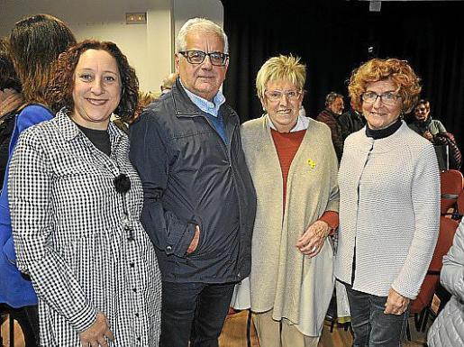 Maritxé Fernández, Gabriel Pieras, Mercè Puig y Cati Pericàs.