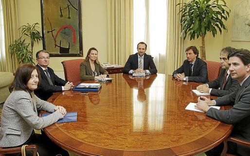 El presidente José Ramón Bauzá, ayer al frente de la reunión en el Consolat.