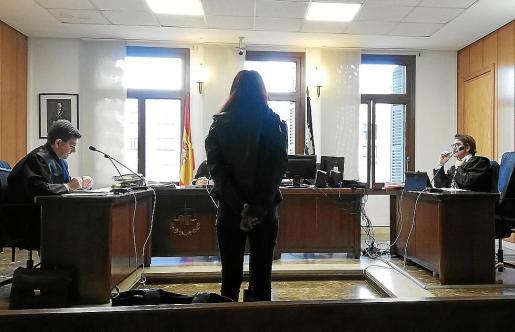 La procesada, este viernes, durante el juicio celebrado en una sala de lo Penal de Palma.