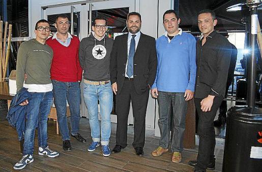 Armando Padilla, Vicente Batle, Lolo Blanco, Juan Miquel Perpinyá, Josep de Luis y Pedro Martínez.