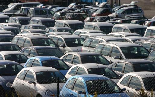 Imagen de archivo de rent a cars.
