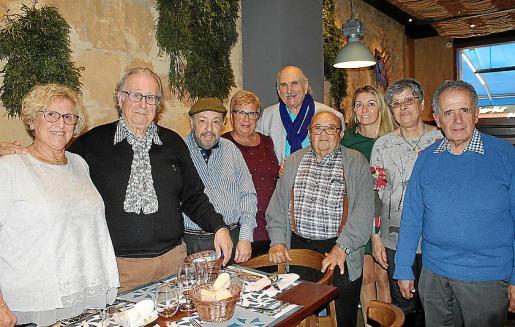 Josefina Calafell, Andrés Alba, Pedro Castañer, Angelines Amorós, Pedro Terrassa, Bautista y Eva Solano, María José Olivares y Juan Francisco Miró.