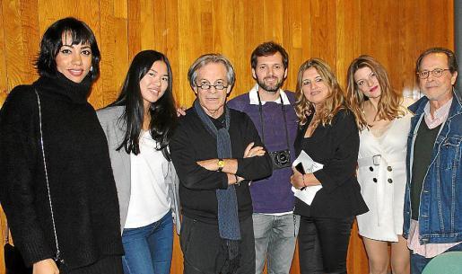 María Ferrer, Paula Ríos, Pedro Coll, Javier Saguillo, Teresa Ponsetí, Irene Ríos y Miguel Font.