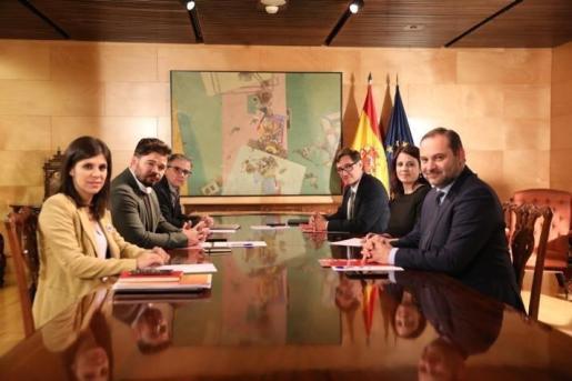 Segunda reunión de las delegaciones negociadoras de PSOE y ERC en torno a la investidura de Pedro Sánchez.