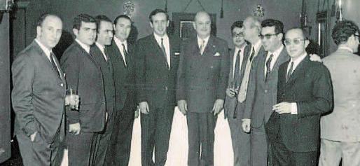 En la imagen, un grupo de los economistas que fueron determinantes para la creación del Colegio de Balears.