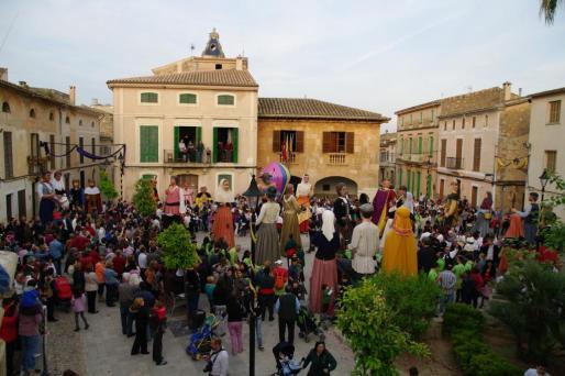Los 'gegants' serán protagonistas de esta edición de la Fira de Santa Maria.