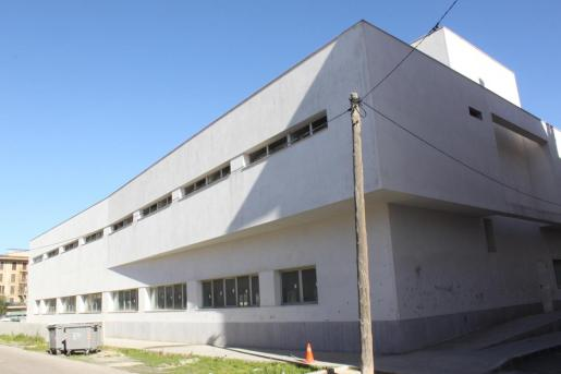 El edificio dels Sementals se construyó hace 9 años para Servicios Sociales, pero siempre ha estado en desuso.