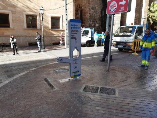 Imagen de la fuente instalada en la calle Sant Miquel.