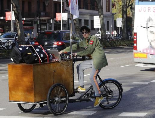 Manifestación en bicicleta (o empleando otro medio sostenible) por la lucha contra el cambio climático, celebrada este sábado por las calles de Madrid en el marco de los actos programados por la Cumbre Social por el Clima.