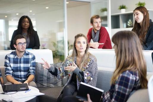 Las jornadas de selección son una iniciativa de PalmaActiva donde «se facilita el contacto directo» entre personas que buscan trabajo y los responsables de recursos humanos que buscan candidatos para cubrir sus vacantes.