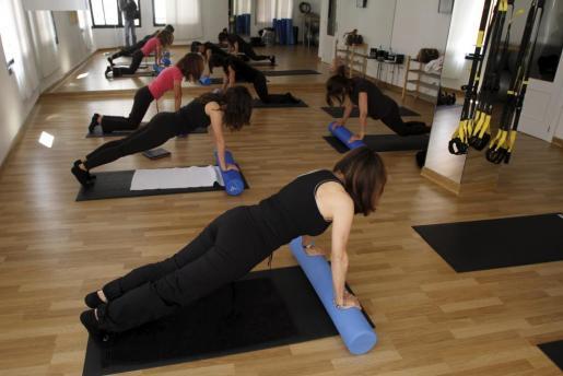 El Pilates es una disciplina antigua, con innumerables beneficios como la mejora de la postura, y la disminución o eliminación del dolor de espalda.