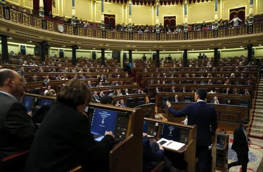 El socialista Pedro Sánchez ha aceptado el encargo del Rey de ser candidato a la investidura, pero aún no hay fecha.