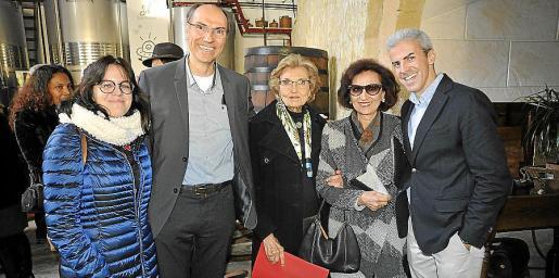 Elena Blázquez, Tomeu Quetglas, Sebastiana Oliver, Maria Antònia Oliver y Sebastià Rosselló.