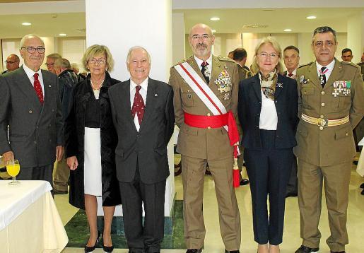 Miguel Burguera, Mercedes Rigo, José Ramis de Ayreflor, Fernando García Blázquez, Menchu González y Tomás del Cojo.