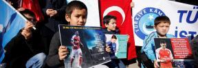 La televisión china cancela un partido del Arsenal por un comentario de Özil