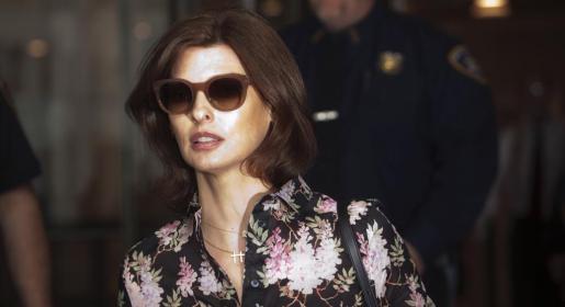 La modelo Linda Evangelista, a su llegada al juzgado.
