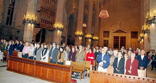 La Catedral de Mallorca se abarrotó de fieles en el homenaje a los misioneros de la Isla.