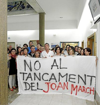 Protesta de trabajadores del Hospital Juan March.