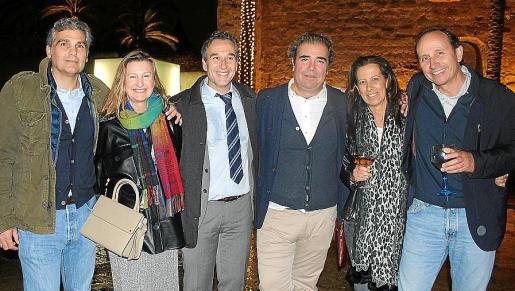 Jaime Solivellas, Bárbara Hevia, Diego Coronado, Fernando Robledo, Marta Ferrer y Nacho Ozonas.