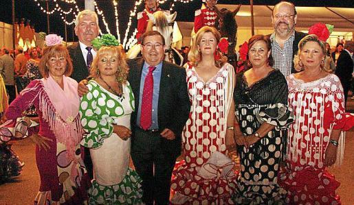 Reme Coca, Manuel Sañudo, Conchi Pérez, José Martínez, Mª Carmen Rodríguez, Mª José del Cerro, Guillermo Navarro y Loli Lupiáñez.