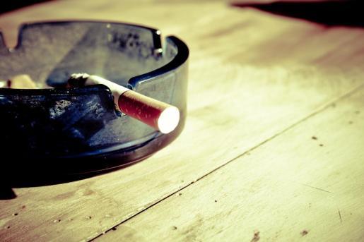 El tabaquismo es un problema de salud púbica y supone la principal causa de enfermedad y de muerte prematura evitable en España.
