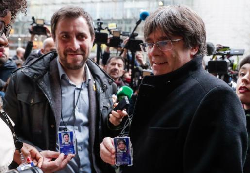 Antoni Comín y Carles Puigdemont, tras recoger el pasado día 20 su acreditación como eurodiputados.