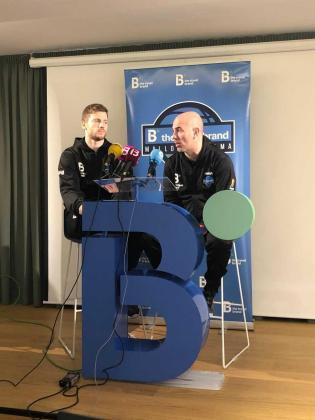 El jugador del B the travel brand Mallorca Palma Boris Barac y el técnico Félix Alonso han atendido a los medios de comunicación en la víspera del partido ante el Almansa.