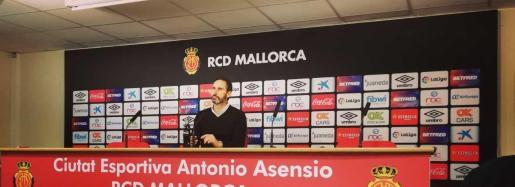 Vicente Moreno, durante la rueda de prensa que ha ofrecido hoy en la Ciudad Deportiva Antonio Asensio.