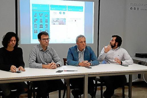 Carles Grimalt, Miquel Oliver, Jaume Alzamora y Miquel Lluís Mestre, presentaron la app.