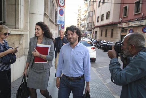 Jaume Garau, con su abogada.