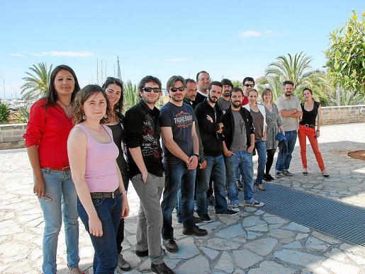 Cineastas, productores y actores de las diversas proyecciones locales que se podrán ver en el festival MareMostra posaron ayer en Es Baluard.