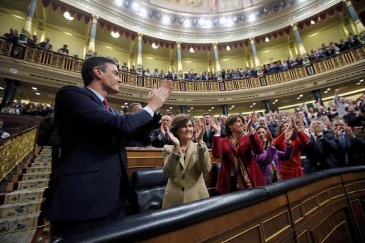El socialista Pedro Sánchez logró este martes la confianza del Congreso para un nuevo mandato como presidente del Gobierno.